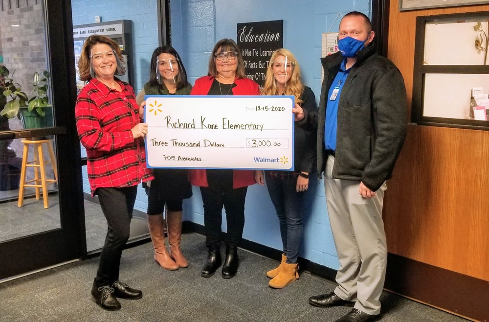 Richard Kane Elementary receives grant for Bookworm Vending Machine
